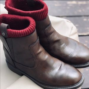 Tommy Hilfiger brown Ankle booties